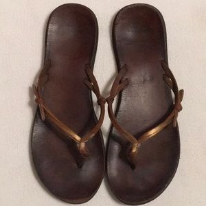 Abercrombie & Fitch Brown Leather Flip Flops sz 9